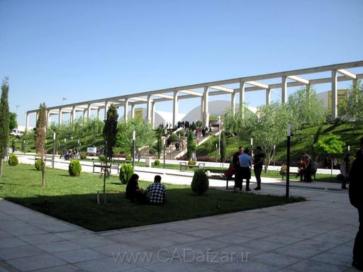 محوطه باغ ايراني نمايشگاه کتاب